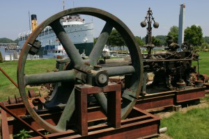 Steam engine at the SS Keewatin Maritime Museum.