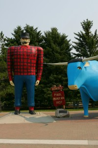 Paul Bunyan and his bull Babe
