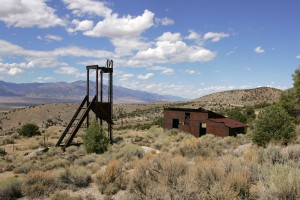 Ghost Town - old mining hoist